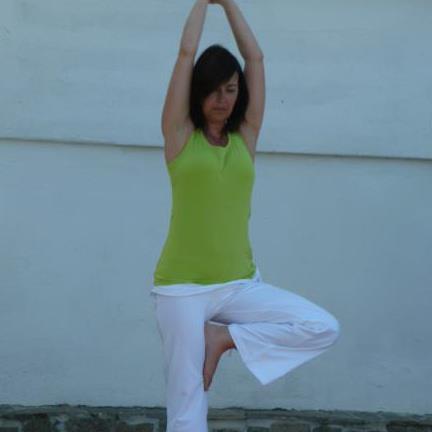 jackie-lee-yoga-teacher